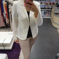 Valge jakk